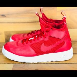 """Nike Air Force Ultraforce Mid """"GYM RED"""""""
